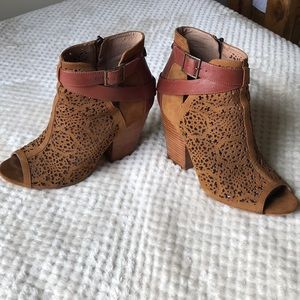 Vince Camuto perforated booties